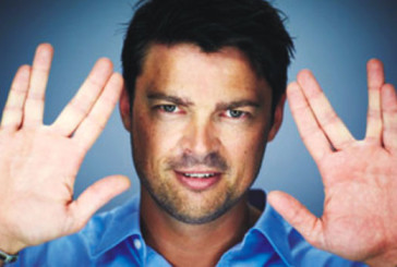 Wizard World Chicago: Special Features with the Dreddful Karl Urban